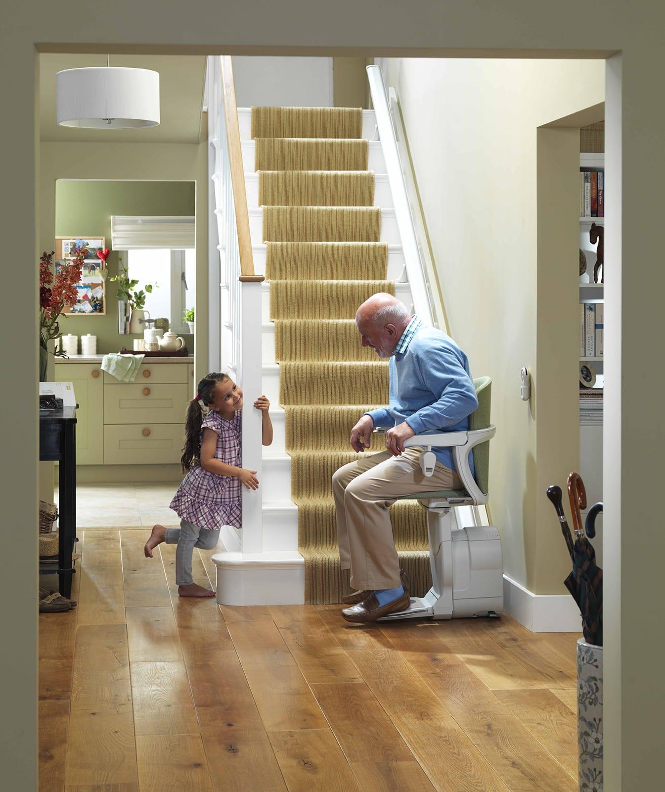 Montascale Per Disabili E Anziani